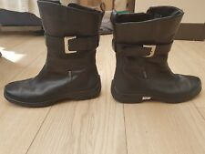 ECCO - LADIES BOOTS - SIZE 6 (EURO 39)  BLACK LEATHER WITH GORETEX - Mid Length
