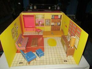 VINTAGE ORIGINAL 1962 CARDBOARD BARBIE DREAM HOUSE w/ FURNITURE