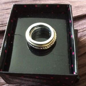 NEW Avon Keliss Ring - Size 6 Stackable Boxed