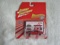 Johnny Lightning:  2006 Muscle Cars 1969:  1969 Dodge Coronet Super Bee NIP