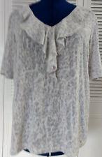 Chicos Size 3 Women's Short Sleeve Gray Print V Neck Ruffle Knit Top