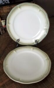 Better Homes and Gardens Simply Fluted Dillweed Dinner Plates x 2