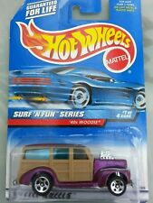 PL)Hot Wheels 1999-40th Woodie-,lila , Serie