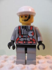 LEGO Minifig fire003 @@ Fire - City Center 2, White Cap 6478