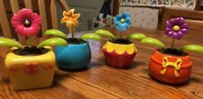 Solar Powered Dancing Toy New 2019 - Set Of 4  Dancing  Flowers