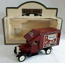 LLEDO DAYS GONE 1935 MORRIS PARCEL VAN MCVITIE & PRICE'S TOYLAND BISCUITS BOXED