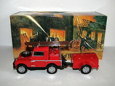 MATCHBOX MODELS OF YESTERYEAR 1952 LAND ROVER & TRAILER AUXILLIARY FIRE YFE02