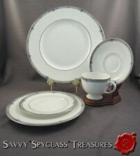 Wedgwood Bone China Amherst Platinum 5 Piece Place Setting
