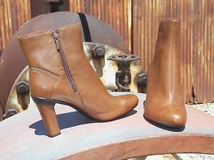 New Womens Tsubo Kemma Chestnut Leather Modern Ankle Boots All Sizes