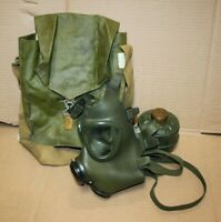 M85 Romanian Gas Mask with 40 MM NATO Filer and Carry Bag M74 Military European