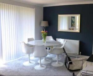 Eero Saarinen style Tulip table with Carrara Marble Top and 6 tulip chairs