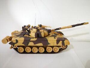 1:32 Remote controlled R/C T-80 Russian Battle Tank USSR military memorabilia
