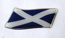 45mm di sventolando la bandiera Scozia Adesivo / Decalcomania-con un' alta lucentezza a cupola GEL FINISH