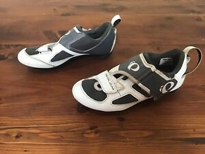 Pearl Izumi Cycling Shoes. Size: EUR 38