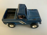 Vtg Britains Landrover Defender Toy Farm Deicast With Driver