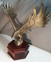 Vintage 1983 RS Owens & Co Brass American Bald Eagle Statue Wood Base decor art