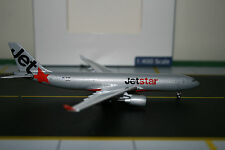 Aeroclassics 1:400 Jetstar Airbus A330-200 VH-EBA (ACVHEBA) Die-Cast Model Plane