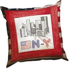 Marie Coeur Estampado Kit Cojín de Punto de Cruz - Nueva York
