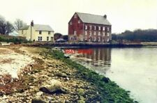 PHOTO  ISLE OF WIGHT THE TIDAL MILL YARMOUTH IN 1988 AS SEEN FROM THE FORESHORE.