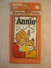 ANNIE AND SANDY SWITCH PLATE COVER...N.O.S. ON CARD.