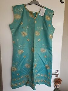 ?Jade lined Indian Tunic With Gold Embellishments All Over the Front, Size XL.