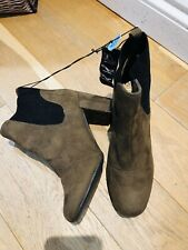 Ladies Primark Khaki Brown Ankle Boots UK 6 Wide Fit Block Heel Side Elasticated