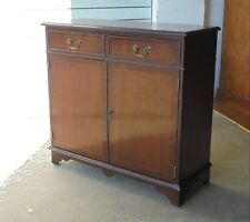 SMALL MAHOGANY SIDEBOARD CUPBOARD WITH TWO DRAWERS & LOCK & KEY TV STAND PROJECT