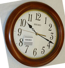 "SEIKO ROUND WOODEN WALL CLOCK 11.5"" IN DIAMETER QXA522BLH"