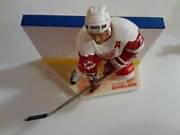 McFarlane NHL Hockey Chris Chelios Red Wings White Jersey Loose Figure MINT