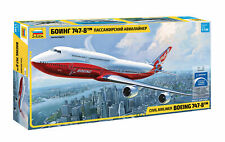Zvezda 7010 Civil Airliner BOEING 747-8 1/144