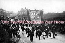 YO 393 - Marske 'Cleveland Miners and Quarrymen's Association' Parade, Yorkshire