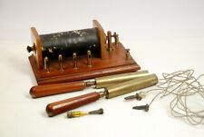 Uralter Induktionsapparat Reizstromgerät Funkeninduktor, mit Zubehör um 1900