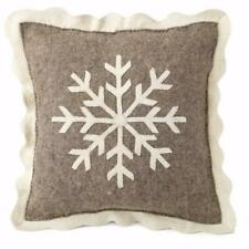 """ARCADIA HOME Cushion Cover in Hand Felted Wool Big Snowflake on Gray 20"""""""