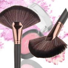 Pro Fan Makeup Cosmetic Blending Highlighter Contour Face Cheek Powder Brush New