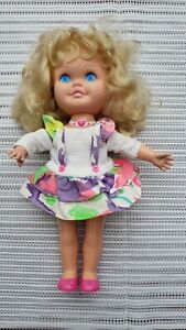 1991 Galoob Suzy Snapshot Doll