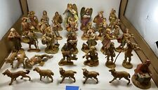 Lot of 33 Fontanini Figurine Depose Italy pieces No Reserve