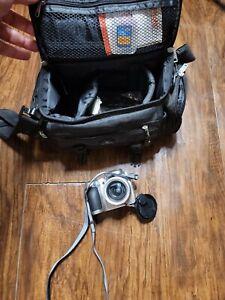 Kodak EasyShare Z710 Digital Camera w Strap & Bag and Memory 10x 7.1 MP Silver