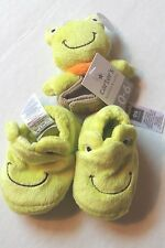 Carter's Infant Baby Boy Green Frog Shoes Booties & Wrist Rattle Toy Set NEW