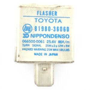 Toyota Land Cruiser 1985–1987 Flasher Turn Signal NOS 81980-36060 Without Box