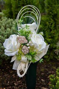 Grabgesteck Gesteck Blumengesteck Trauerfloristik Rose rosa weiß Grabschmuck