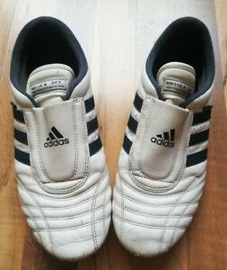 Adidas Taekwondo Low Leather Trainers White/DarkBlue UK9,5/US10/EU44 gebraucht