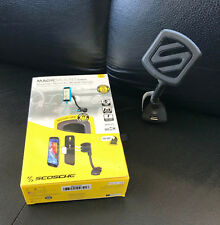 SCOSCHE MAGIC MOUNT POWER Stand Built In Charger Maganetic Mount Cell Phone GPS