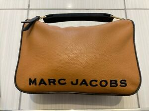 MARC JACOBS TAN LEATHER SOFTBOX BAG -RRP £405