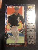1994 UPPER DECK MICHAEL JORDAN #19 - STAR ROOKIES NICE CARD