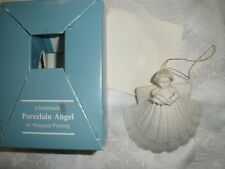 "Usa Vtg 1983 Margaret Furlong 2.75"" Angel With Holly T2228"
