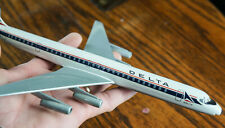 VINTAGE DELTA AIRLINES DOUGLAS DC-8 (AIR JET ADVANCE) AIRCRAFT 1/200 MODEL