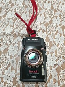 Olympus Stylus Tough TG-3 16.0MP Digital Camera, 2 Cases, Battery, Charger, etc