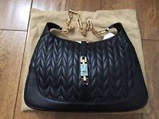 NUOVO e originale Gucci Jackie Borsa a tracolla in pelle nera e catena d'oro