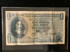 SOUTH AFRICA 1 POUND 1954 P 92. XF CONDITION. ONE NOTE.