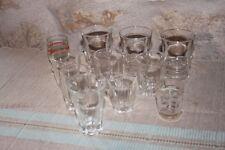 Série de 11 anciens verres à liqueur